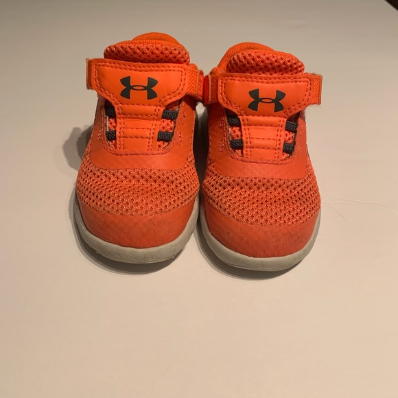 Under Armour Other - Under armour toddler sneakers with Velcro
